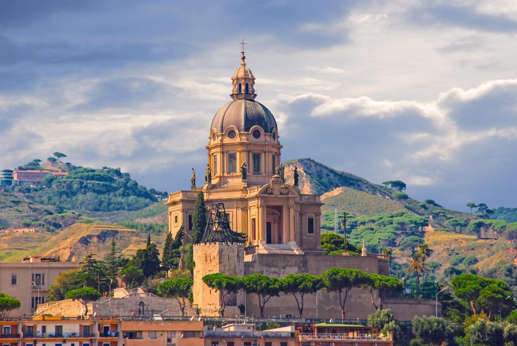 Messina villa san giovanni ferry caronte tourist for Amaretti arredamenti villa san giovanni